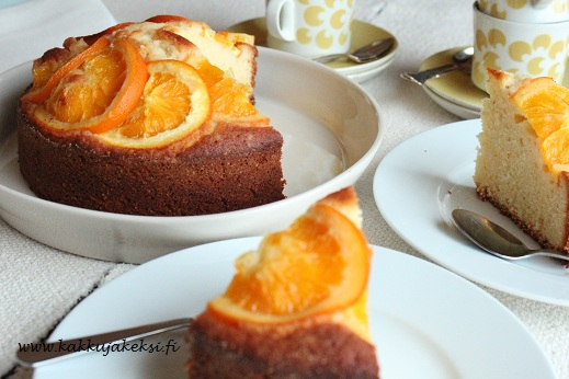 Aurinkoinen appelsiinikakku