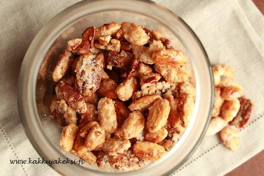 Karamellisoidut pähkinät