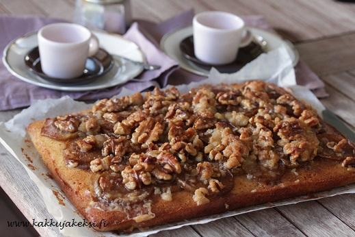 Päärynäpiirakka pähkinätoscalla