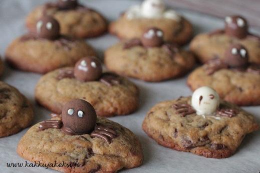 Halloweenin hämähäkkicookiesit